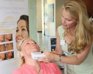 Los tratamientos Ultherapy están disponibles en Contour Dermatology